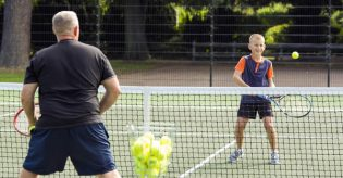 Southend looking for 'latest Lloyds' in new tennis upgrade