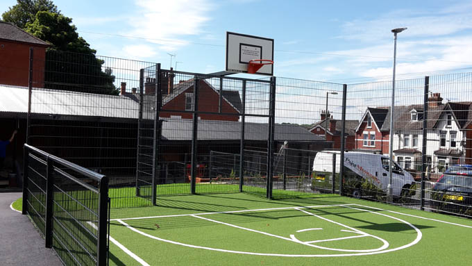 basketball, Hampshire special secondary school gets basketball court, Zaun