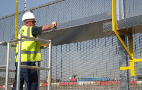 Innovative Fence Walkway System for Installers Safety